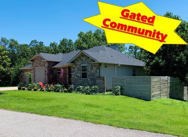 1693 Morningside Falls Boulevard, Blue Eye, MO 65611 (MLS #60124660) :: Sue Carter Real Estate Group
