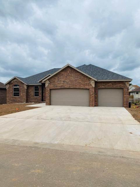 3771 N Huntington Avenue, Springfield, MO 65803 (MLS #60163785) :: Sue Carter Real Estate Group