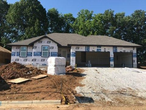 1018 W Briarwood Lane, Nixa, MO 65714 (MLS #60135861) :: Team Real Estate - Springfield