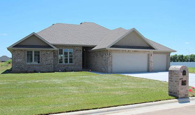 3546 W Cherokee Street, Springfield, MO 65807 (MLS #60137400) :: Clay & Clay Real Estate Team