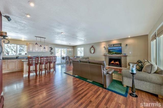 1490 Pebble Beach Drive, South Lake Tahoe, CA 96150 (MLS #128812) :: Sierra Sotheby's International Realty