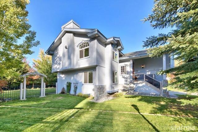 2191 Shasta Court, South Lake Tahoe, CA 96150 (MLS #128190) :: Sierra Sotheby's International Realty