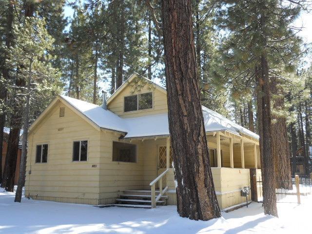 1048 Moss Road, South Lake Tahoe, CA 96150 (MLS #128828) :: Sierra Sotheby's International Realty