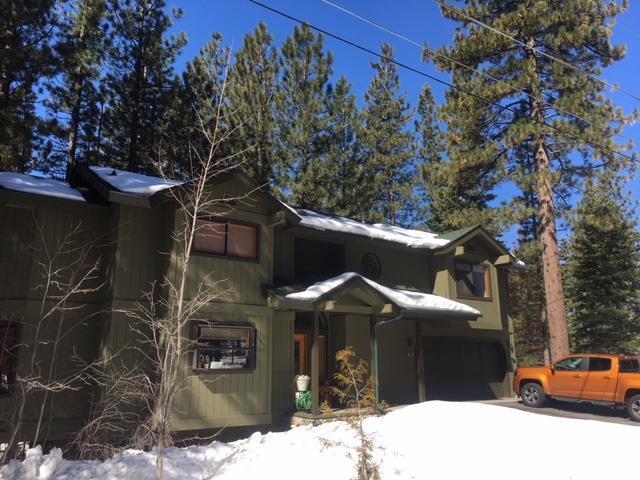 2301 Rimrock Trail, South Lake Tahoe, CA 96150 (MLS #128928) :: Sierra Sotheby's International Realty