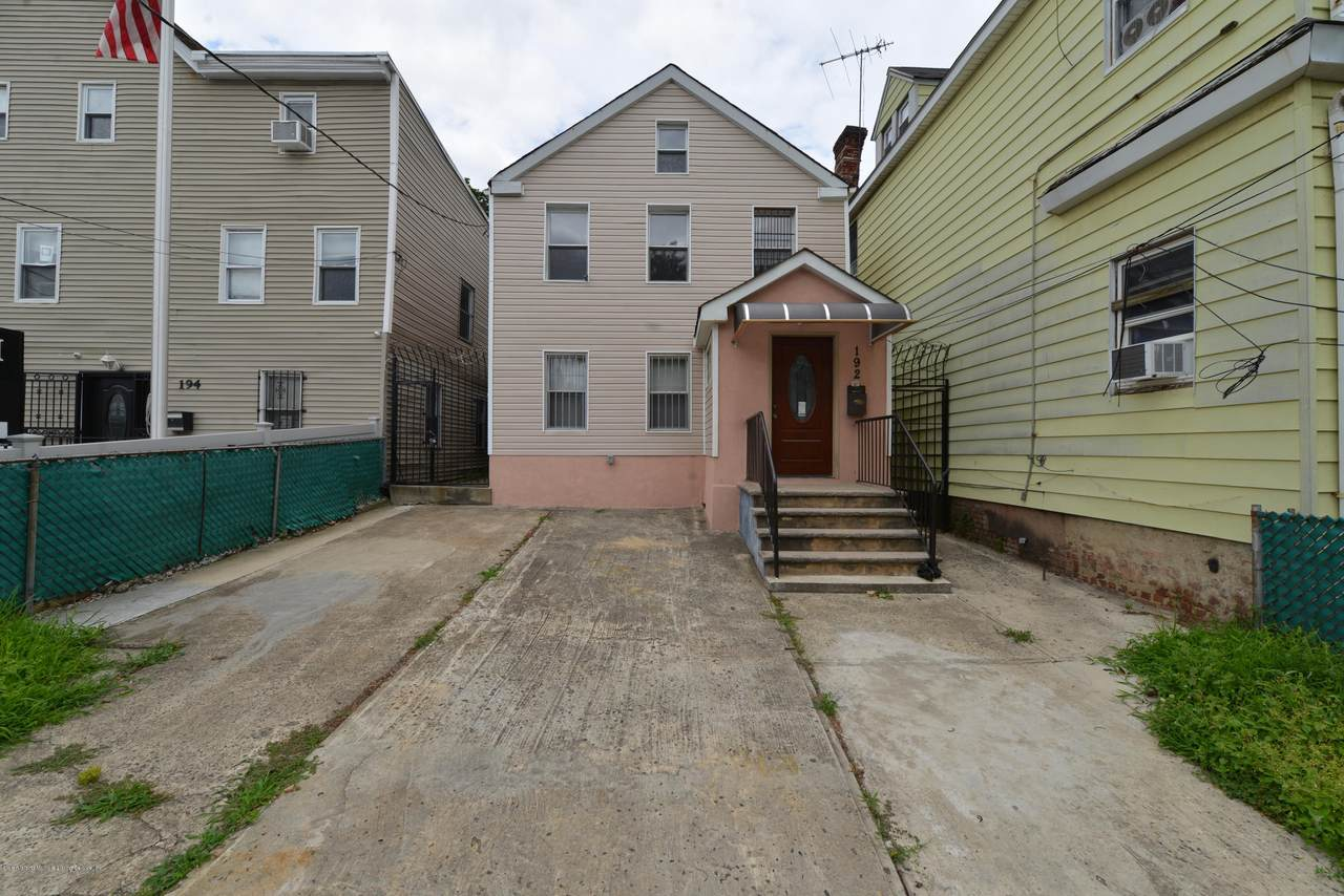 192 Targee Street - Photo 1