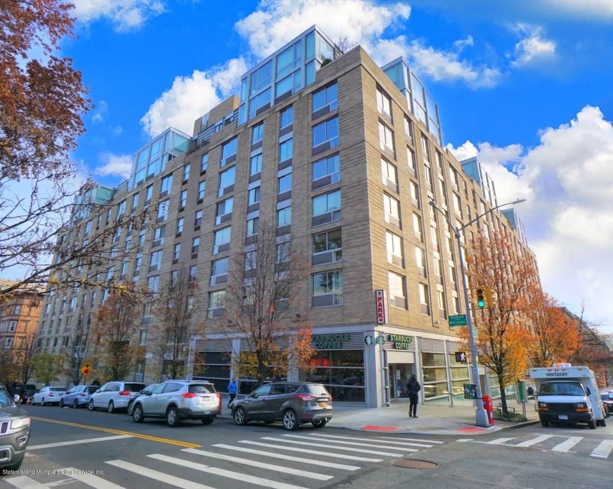 68 Bradhurst Avenue - Photo 1