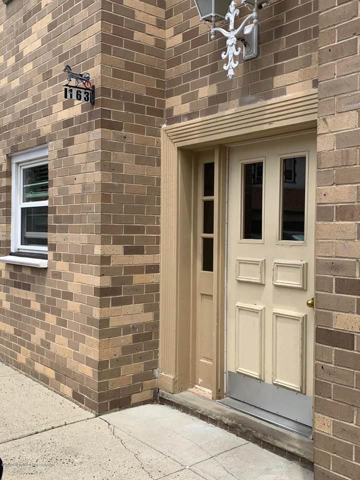 163 Cromwell Avenue - Photo 1
