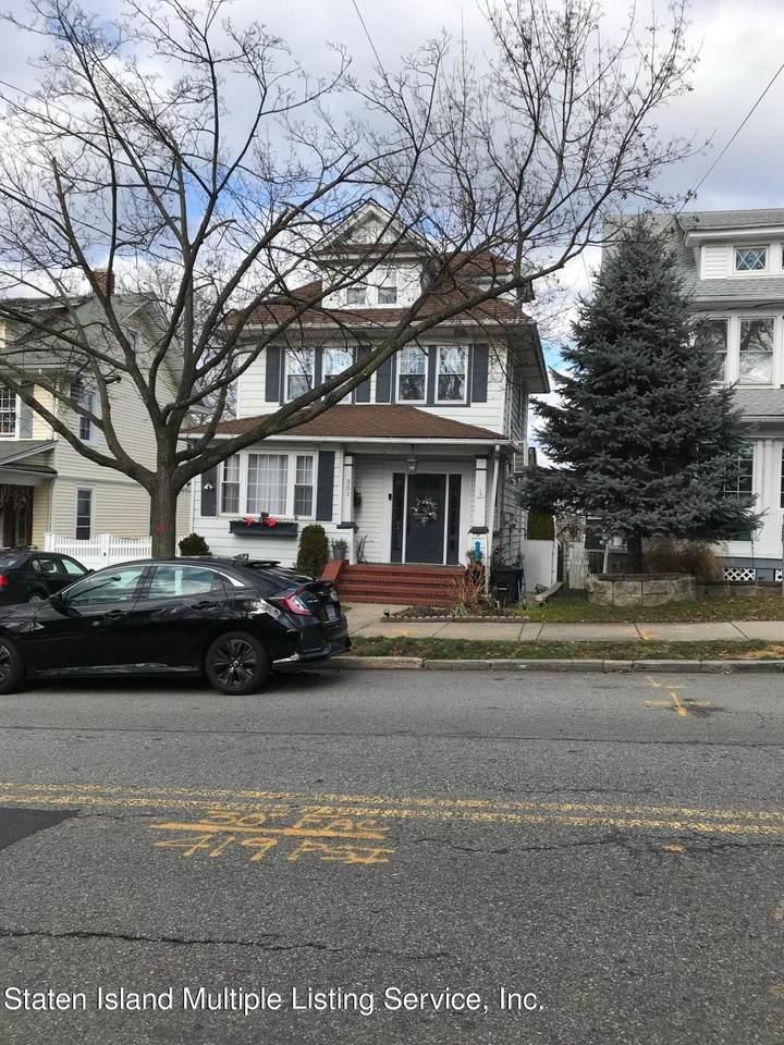 301 College Avenue - Photo 1