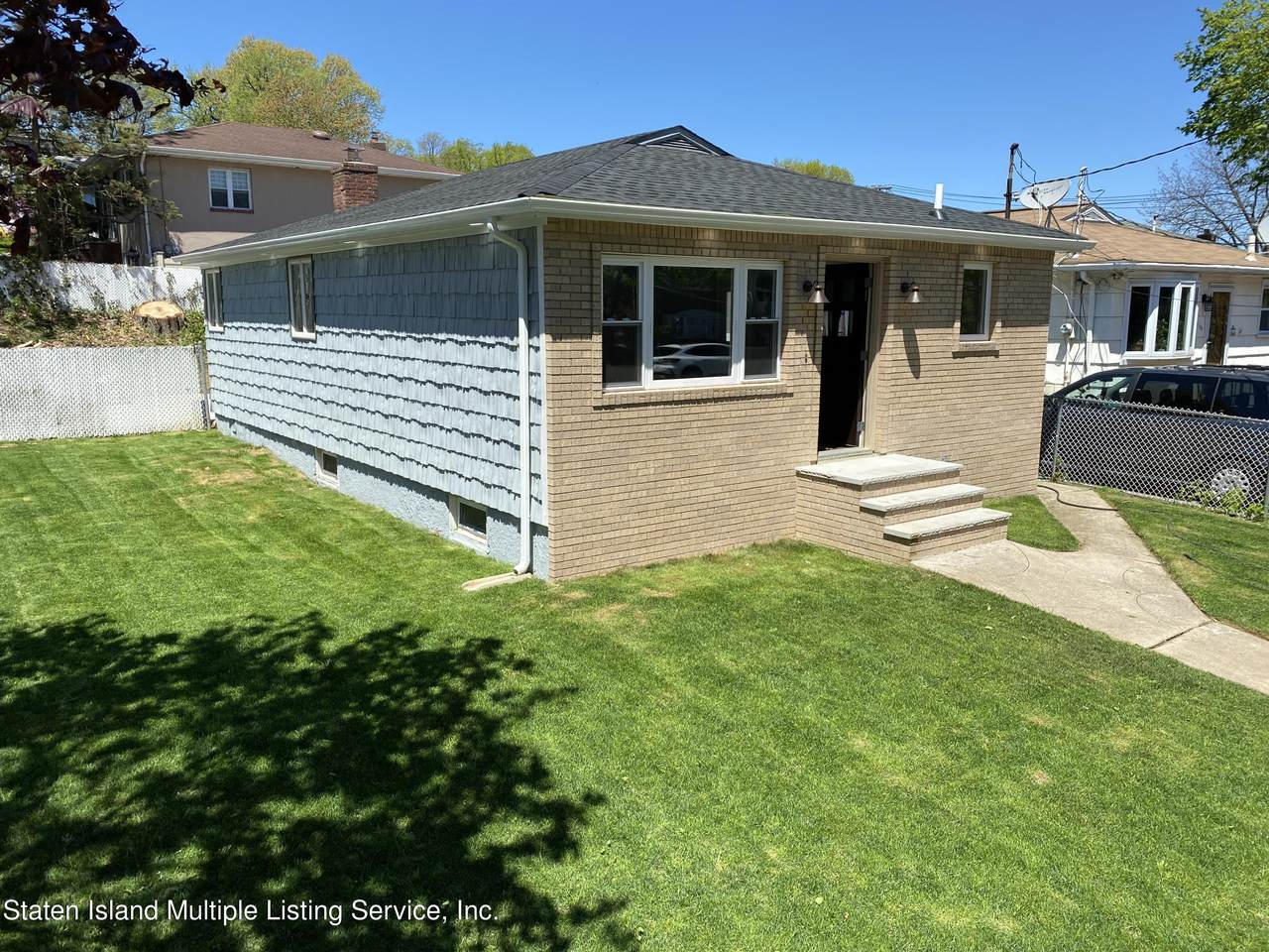 1143 Richmond Road - Photo 1