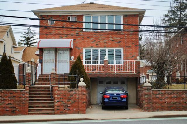 1353 Clove Road, Staten Island, NY 10301 (MLS #1116702) :: The Napolitano Team at RE/MAX Edge