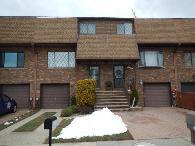 839 Rensselaer Avenue, Staten Island, NY 10309 (MLS #1117550) :: The Napolitano Team at RE/MAX Edge