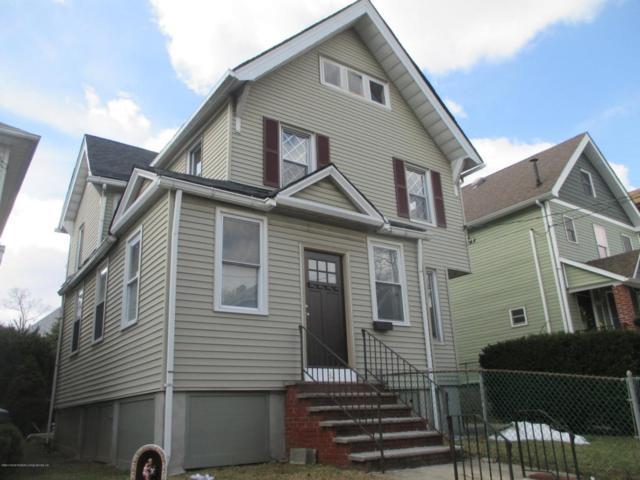 32 Hatfield Place, Staten Island, NY 10302 (MLS #1117671) :: The Napolitano Team at RE/MAX Edge