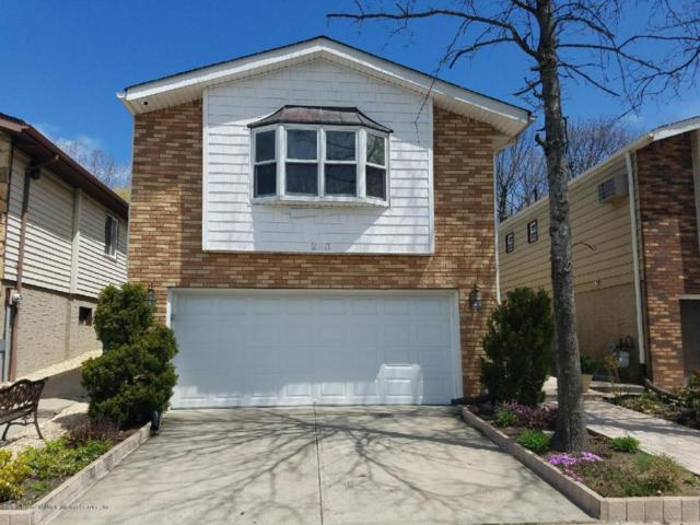 283 Tanglewood Drive, Staten Island, NY 10308 (MLS #1118711) :: The Napolitano Team at RE/MAX Edge