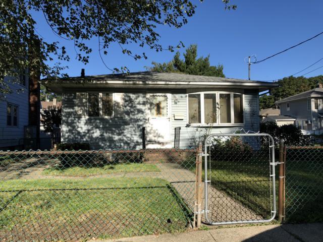 251 Oldfield Street, Staten Island, NY 10306 (MLS #1123571) :: RE/MAX Edge