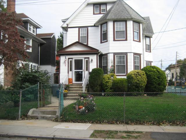 261 Deems Avenue, Staten Island, NY 10314 (MLS #1123663) :: RE/MAX Edge