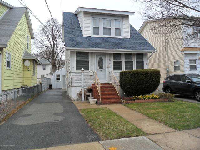 25 Beekman Street, Staten Island, NY 10302 (MLS #1128218) :: RE/MAX Edge