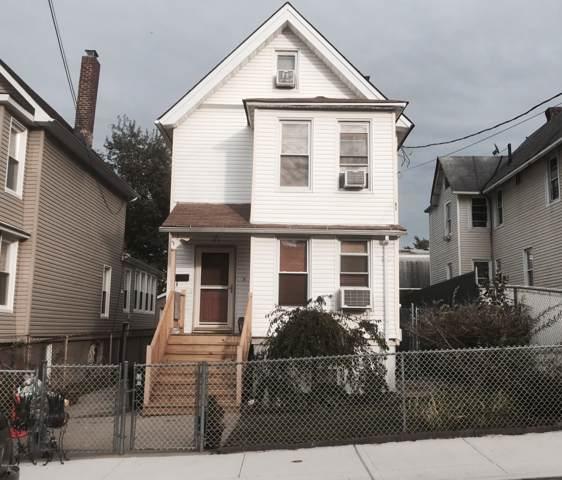 61 Union Avenue, Staten Island, NY 10303 (MLS #1133171) :: RE/MAX Edge