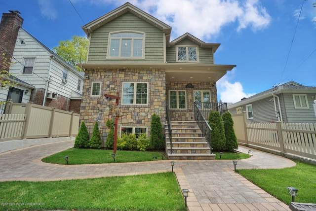 165 Woolley Ave, Staten Island, NY 10314 (MLS #1136968) :: RE/MAX Edge