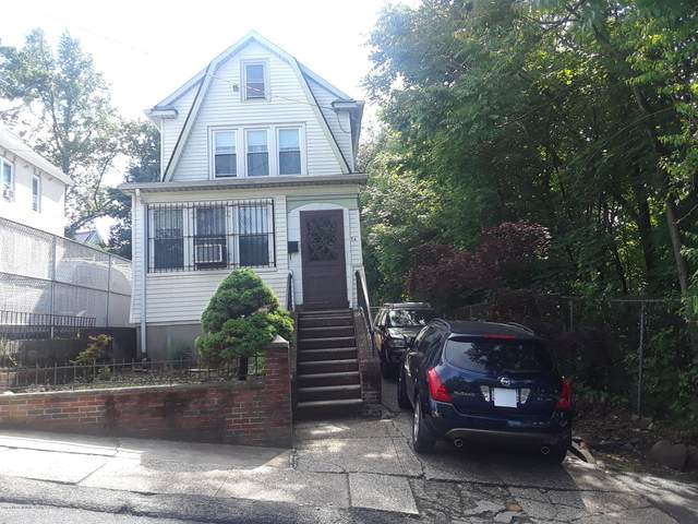 54 Webster Avenue, Staten Island, NY 10301 (MLS #1137345) :: RE/MAX Edge