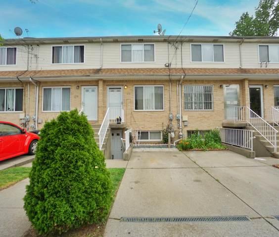 272 Maple Parkway, Staten Island, NY 10303 (MLS #1137372) :: RE/MAX Edge