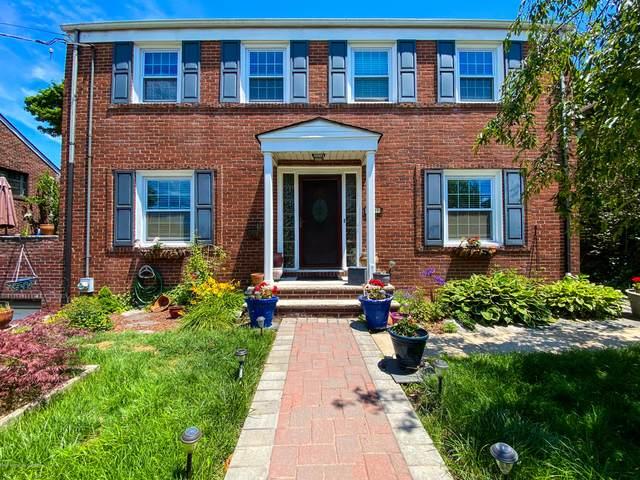 711 Pelton Ave, Staten Island, NY 10310 (MLS #1137456) :: RE/MAX Edge