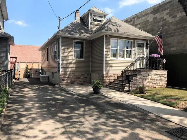 437 Northfield Avenue, Staten Island, NY 10303 (MLS #1137778) :: RE/MAX Edge