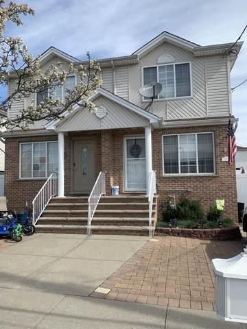 37 Beresford Street, Staten Island, NY 10314 (MLS #1138488) :: Team Pagano