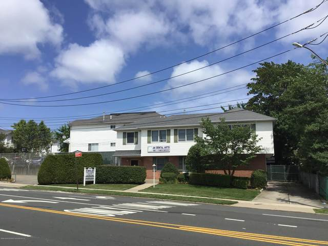 301 Slosson Avenue, Staten Island, NY 10314 (MLS #1138625) :: Team Pagano