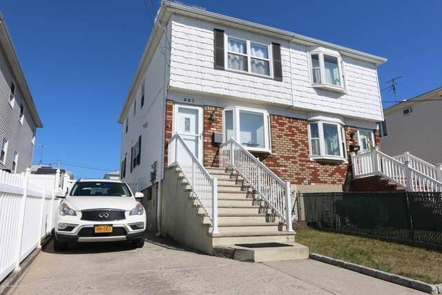 327 Seaver Avenue, Staten Island, NY 10305 (MLS #1140662) :: Laurie Savino Realtor
