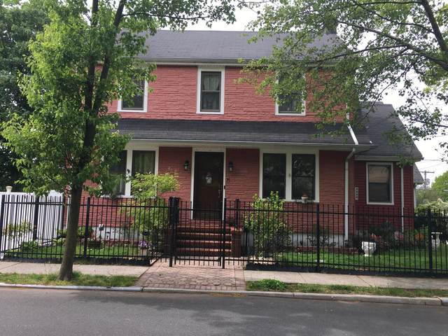 3 W Raleigh Avenue, Staten Island, NY 10310 (MLS #1141957) :: Team Gio | RE/MAX