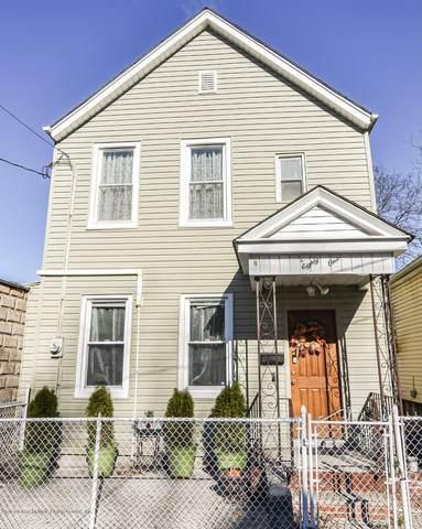 81 Laurel Avenue, Staten Island, NY 10304 (MLS #1142520) :: Team Pagano