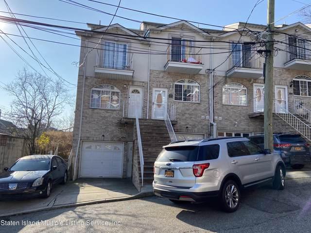 16 Jake Court, Staten Island, NY 10304 (MLS #1142690) :: Team Pagano
