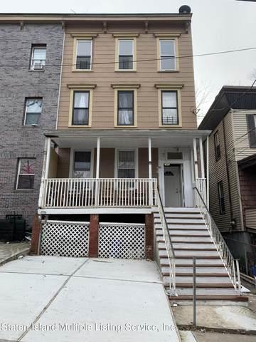 30 Layton Ave, Staten Island, NY 10301 (MLS #1143175) :: Team Pagano
