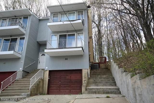 44 Wandel Avenue, Staten Island, NY 10304 (MLS #1145651) :: Team Pagano