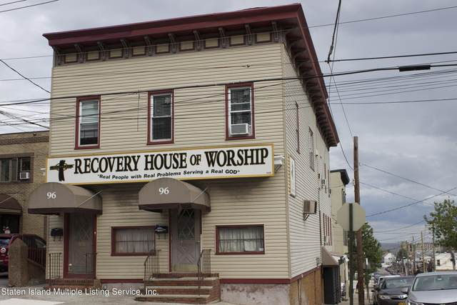 96 Mcclean Avenue, Staten Island, NY 10305 (MLS #1145946) :: Team Pagano