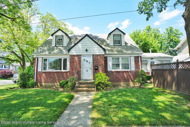 5 Nutly Place, Staten Island, NY 10310 (MLS #1146532) :: Team Gio   RE/MAX