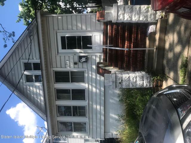 315 Netherlnds Street, Staten Island, NY 10303 (MLS #1147010) :: Team Gio | RE/MAX