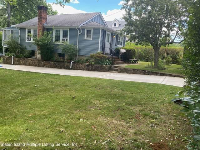 149 Edgegrove Avenue Avenue, Staten Island, NY 10312 (MLS #1147251) :: Team Gio | RE/MAX