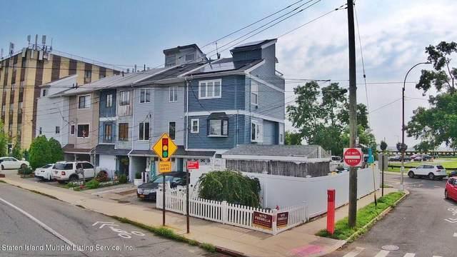 98 E Father Capodanno Boulevard E, Staten Island, NY 10305 (MLS #1147646) :: Team Gio | RE/MAX