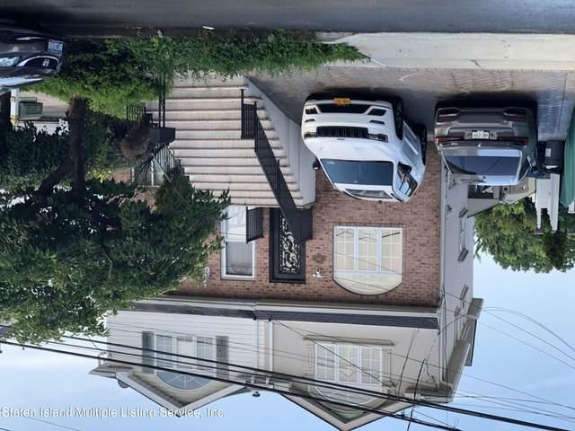 582 Westwood Ave, Staten Island, NY 10314 (MLS #1148560) :: Team Pagano