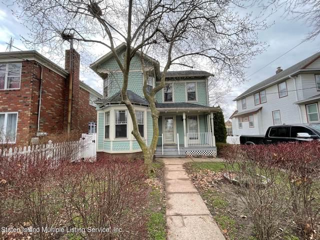 128 Townsend Avenue, Staten Island, NY 10304 (MLS #1148639) :: Team Pagano