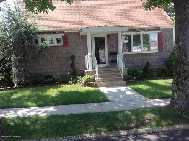 28 Queen Street, Staten Island, NY 10314 (MLS #1148779) :: Team Pagano