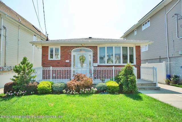 454 Naughton Avenue, Staten Island, NY 10305 (MLS #1148816) :: Team Pagano