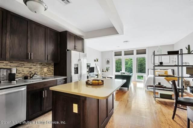 90 Bay Street Landing 4H, Staten Island, NY 10301 (MLS #1148822) :: Laurie Savino Realtor