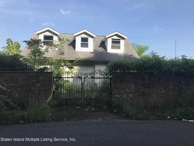 11 Homer Street, Staten Island, NY 10301 (MLS #1148929) :: Team Pagano