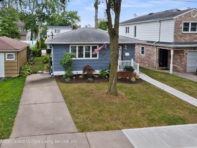 237 Fairbanks Avenue, Staten Island, NY 10306 (MLS #1148979) :: Laurie Savino Realtor