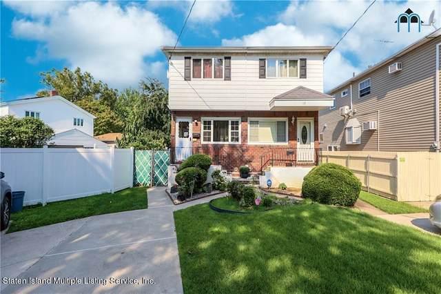 20 Benton Avenue, Staten Island, NY 10305 (MLS #1149024) :: Laurie Savino Realtor