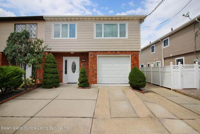 241 Hett Avenue, Staten Island, NY 10306 (MLS #1149148) :: Team Pagano