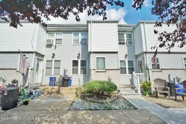 150 Lorraine Loop, Staten Island, NY 10309 (MLS #1149338) :: Team Pagano