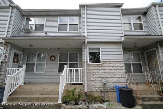 111 Lorraine Loop, Staten Island, NY 10309 (MLS #1149353) :: Team Pagano